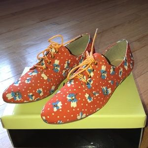 Floral printed loafers from Liliana